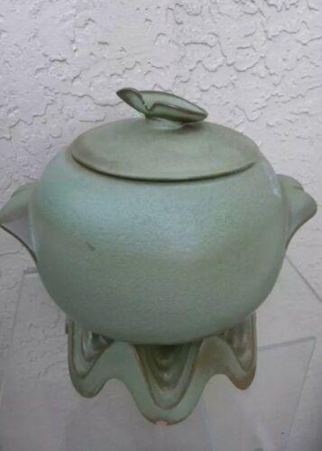FRANKOMA POTTERY CASSEROLE GREEN 3 QT BAKER WITH WARMER
