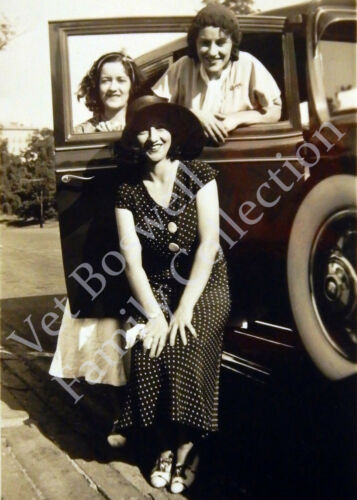 Boswell Sisters Candid Private Shot in Car ca 1930 5x7 Print Matted