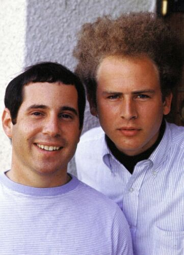 Simon & Garfunkel -  MUSIC PHOTO #35