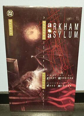 BATMAN: ARKHAM ASYLUM A SERIOUS HOUSE ON SERIOUS EARTH HC DC COMICS (Batman A Serious House On Serious Earth)