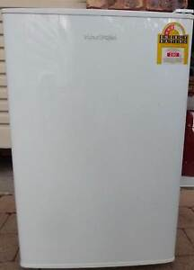 FISHER PAYKEL BAR FRIDGE WITH FREEZER Mooloolaba Maroochydore Area Preview