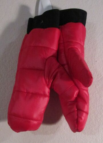 NWOT DKNY Youth Girls Quilted Puffer Mittens One Size Red