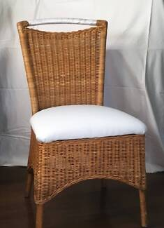 Dining Set - WICKER CANE Chairs & Timber Table