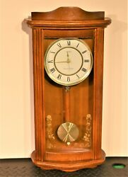 23 Solid Wood Linden Wall Chiming Electronic Clock