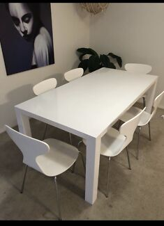 Freedom Dining Table And 6 Chairs 350 Osborne Park