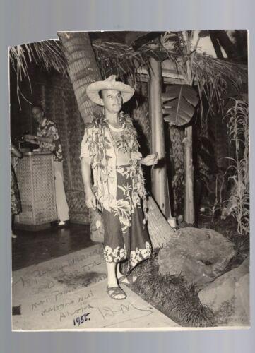 DON THE BEACHCOMBER SIGNED PHOTO TIKI HAWAII ORIGINAL 1955 AUTOGRAPH DONN