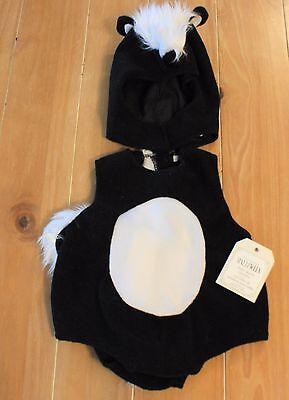 New Pottery Barn Kids BABY SKUNK Costume Toddler Infant 6-12 Months](Skunk Costume Kids)