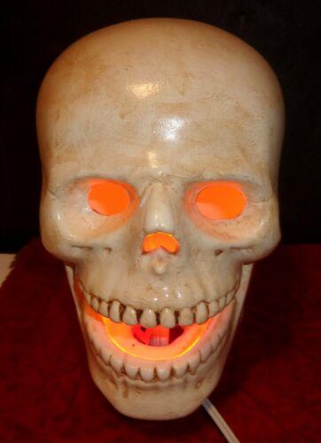 "Vtg LIFE SIZE 8"" Ceramic Human Skull JOL Halloween Table Lamp Night Light Decor"