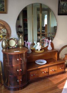 Art Deco Dresser with round Mirror