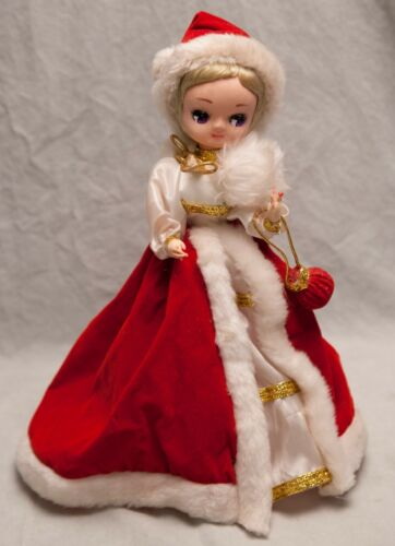 Vintage Big Eyed Bradley Christmas Doll Lady Red Dress Mrs Claus