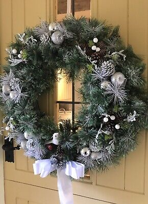 Christmas Door Wreath Luxury Quality Bauble Spray Silver White 60cm Bottle Brush ()