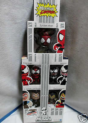 MARVEL SPIDERMAN MINI MIGHTY MUGGS 5 PACK COMIC CON Box Frt Curved In & Creased