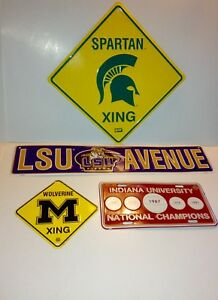 NCAA US College Tin Sign Wall Décor Set of 4
