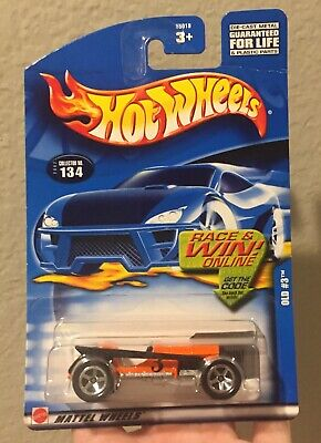 Hot Wheels 2005 First Editions Airy 8 Toy Motorcycle Mattel New In Box