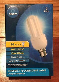 New Olsent 14w CFL Cool White Bayonet Cap Globe 2pk light bulbs