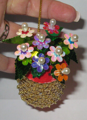 """Basket of Flowers"" Kit makes 1 Ornament Bead & Sequin Christmas"