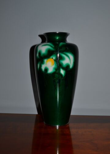 Fine Old Japanese Ando Jubei Mark Vase Green Glass Floral Design