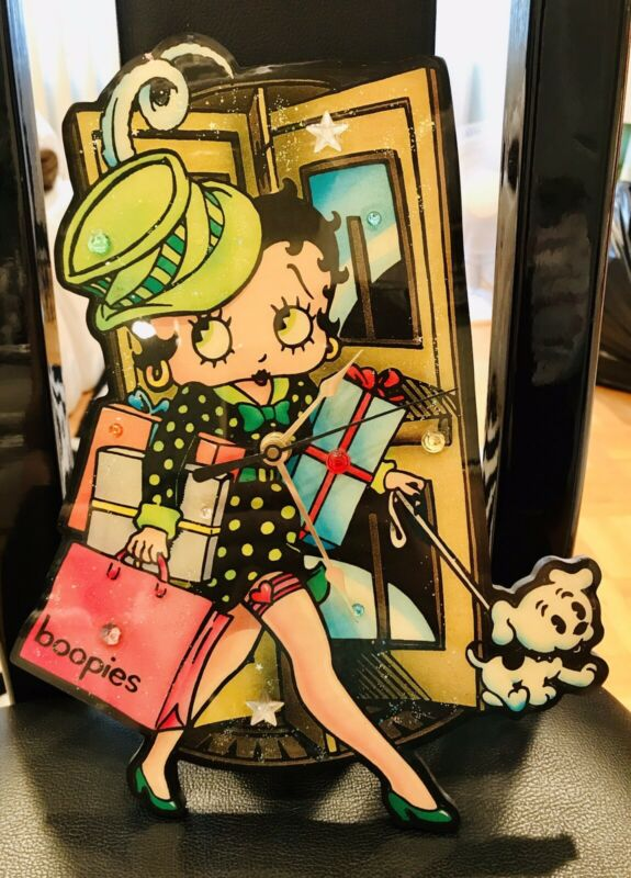 BETTY BOOP WALL CLOCK SHOPPER 11""