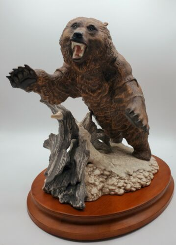 Franklin Mint Rare Porcelain Grizzly Bear Sculpture Excellent Condition