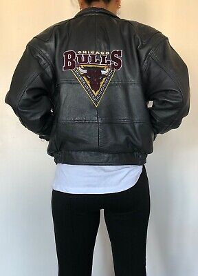 Vintage Women's Chicago Bulls NBA Bomber Genuine Leather Jacket 90s Small Size