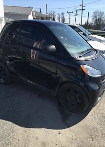 2009 smart car sell or trade! (REDUCED)