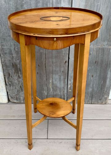 Vintage Baker Furniture Federal Style Inlaid Burl Walnut Side Drinks Table 70s