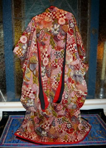 Japanese Kimono sized for a 65-68 cm doll - hand made - silk