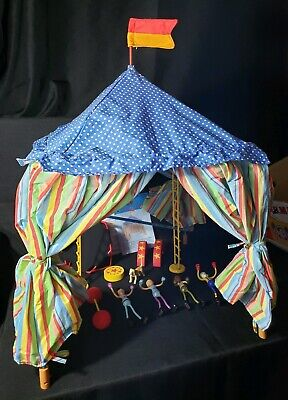 MAGNUTS Magnetic Circus Set by Hearthsong 4 Figures Tent Trampoline Dog -
