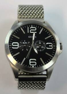 Men's Guess Watch W0180G1 Campbelltown Area Preview