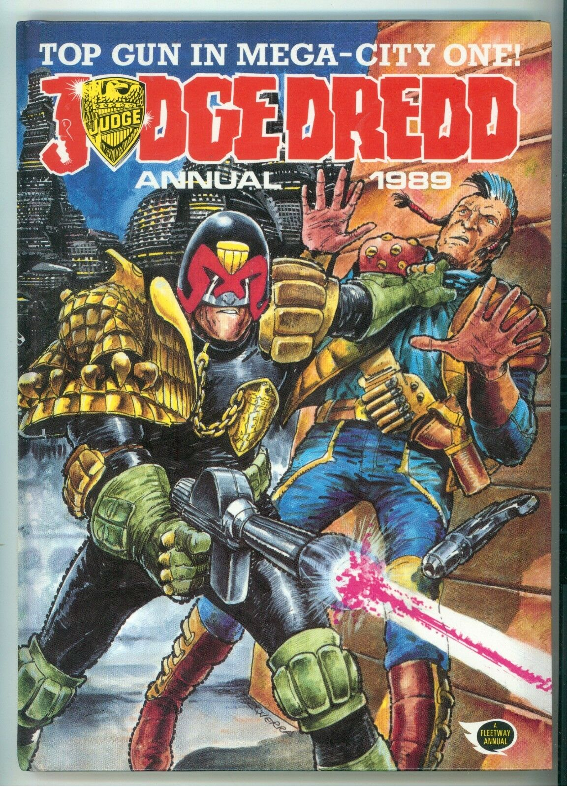 JUDGE DREDD ANNUAL 1989 FLEETWAY PUBLICATIONS 1988