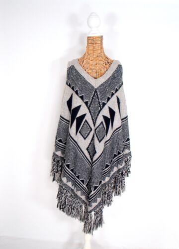 My favourite wardrobe Poncho mit Ärmeln Azteken wie neu oversize 🌸