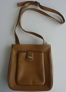 Longchamp Leather Shoulder Bag Brisbane City Brisbane North West Preview