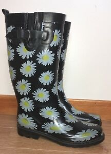 Ladies Rain Boots - size 8 (Lower Sackville)