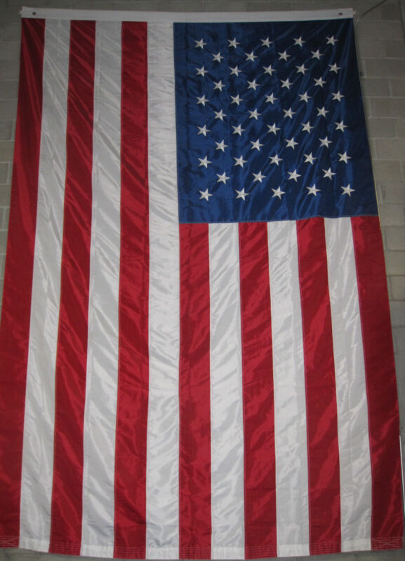 LARGE AMERICAN FLAG 10