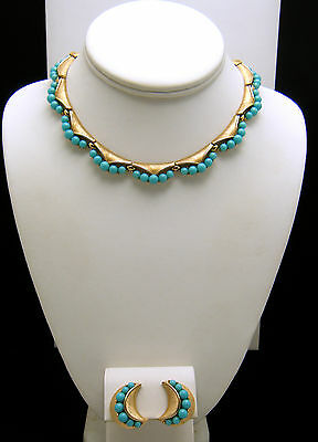 Crown Trifari Vintage Necklace Earring Set Turquoise Lucite Beads Gold Tone on Lookza