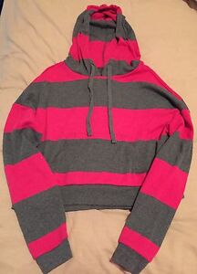 Hot Pink & Grey Hoodie Size Small Aspendale Gardens Kingston Area Preview