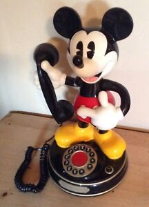Beau Telephone mickey mouse fonctionnel