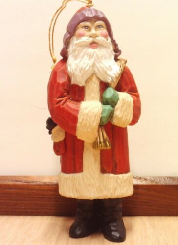 1986 HALLMARK KEEPSAKE OLD FASHIONED SANTA ORNAMENT