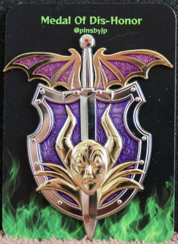 DISNEY FANTASY PIN MALEFICENT MEDAL OF DIS-HONOR LE SLEEPING BEAUTY New On Card