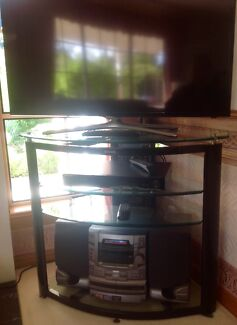 TV ENTERTAINMENT UNIT IN AS NEW CONDITION