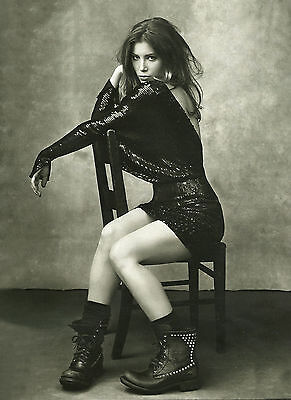 Jessica Biel Unsigned 8X12 Photo  7