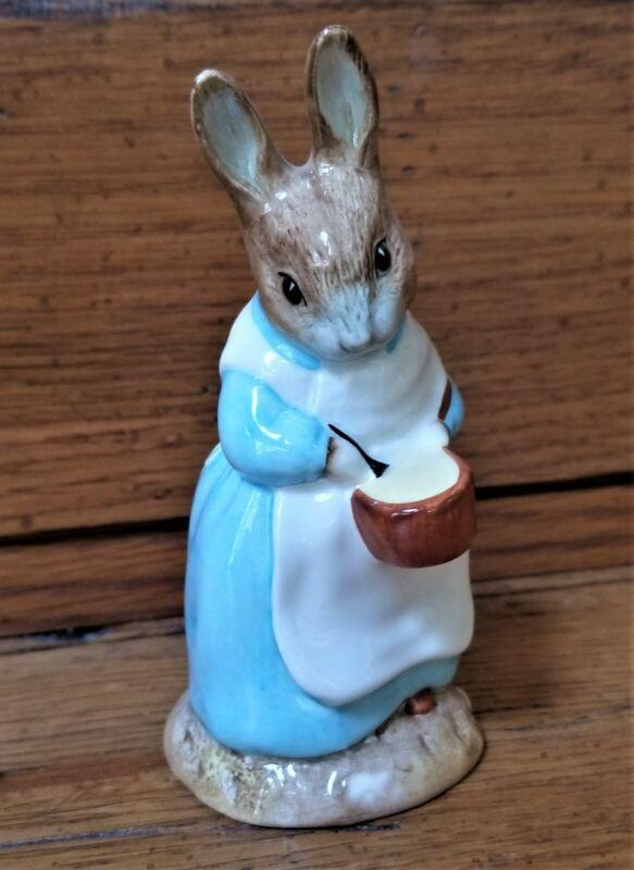 Beatrix Potter Mrs. Rabbit Cooking Figurine Royal Albert England BP6a NIB