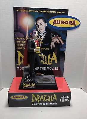 AURORA REVELL DRACULA MONSTER AT THE MOVIES MODEL STORE DISPLAY BASE ONLY