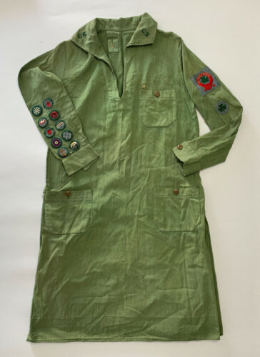 Beautiful Antique Green 1930s Official Girl Scout Dress with Badges & Patches