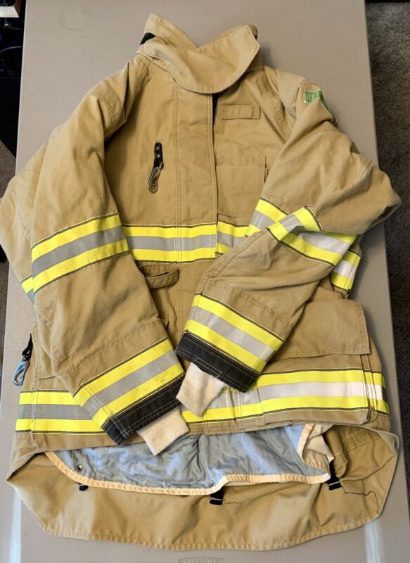 Cairns ReaXtion Turnout Bunker Coat 50 X 32 Used - Great Condition  With DRD.