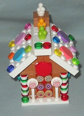 NEW CUSTOM LEGO MINI CHRISTMAS GINGERBREAD HOUSE, ALL NEW PARTS ON 6X8 STUD BASE