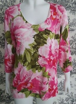 Womans Beautiful Fine Knit Floral Sweater with Rhinestones Size 1X