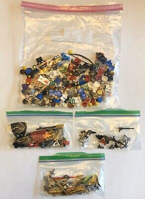 LEGO - MINI FIGURINES Mix and Match Assortment, Parts with Lots Of Accessories!
