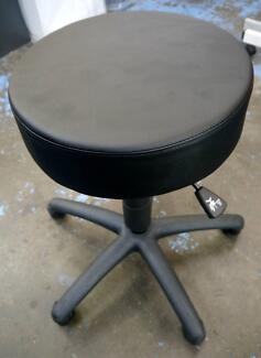 New Black Salon Stools Hairdressing Barber Chair Beauty Swivel