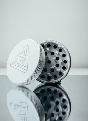Ceramic Large Tobacco Grinder 2.5 inch 4-Piece Large Metal Magnetic Top White